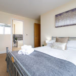 Athena Stays Serviced Apartments Acc ... Airbnb Booking.com Birmingham 3